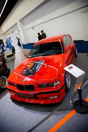 """Oldtimer BMW E36 Brietbau II auf der Ausstellung """"Die Wilden 70er"""" bei der IAA 2017"""