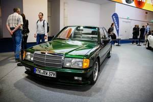 """Oldtimer SGS St. Tropez Mercedes-Benz 190E  auf der Ausstellung """"Die Wilden 70er"""" bei der IAA 2017"""