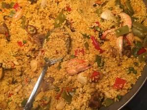 Paella: Spanisches Reisgericht