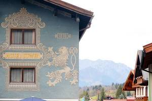 Painted hotel in German village, Reit im Winkl