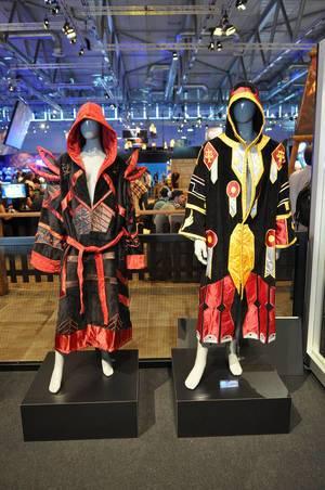 Paladin T2 Robe World of Warcraft