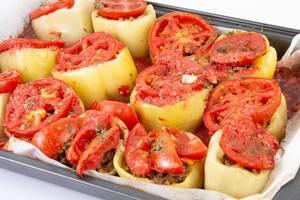 Paprika stuffed with Minced Meat in baking tray (Flip 2019)