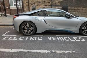 Parkplatz ausschließlich für Elektrofahrzeuge