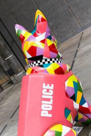 PAWS-Statue in Chicago, zu Ehren gefallener Polizisten