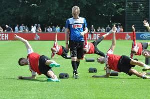 Peter Stöger beim FC Training
