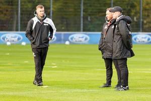 Peter Stöger und Manfred Schmid beim Training am 13.11.2017
