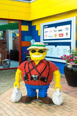 Photographer built with lego pieces