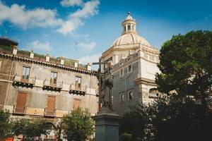 Piazza del Duomo und die Kathedrale Sant