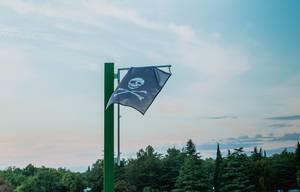 Piratenflagge im Wind