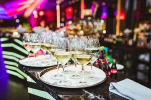 Plate Of White Wine In Restaurant Lights (Flip 2019)