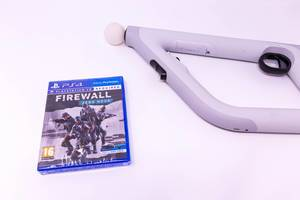 Playstation 4 game: Firewall - Zero Hour and Aim Controller for Virtual Reality VR