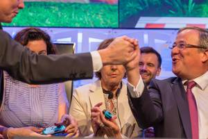 Politicians playing Super Mario Party at Gamescom