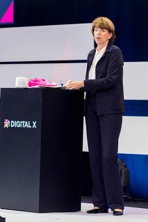 Politikerin Henriette Reker auf der Digital X in Köln