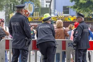 Polizei beim Schlagermove 2016