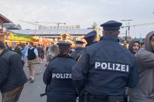 Polizeibeamte beim Oktoberfest 2017