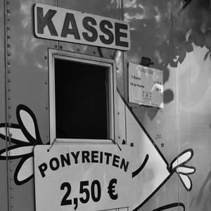 Ponyreiten vorm Lindenthaler Tierpark