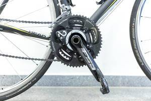 Power2Max Wattmessung Powermeter an einem Head Rennrad