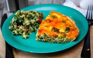 Quiche With Brocolli and Cheese