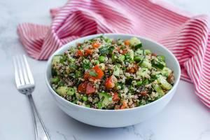 Quinoa Salad with Cucmber, Tomato and Edamame  (Flip 2019)