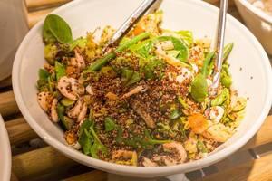 Quiona-Shrimp-Salat