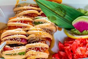 Rainbow Dragon frische Sushi-Box mit eingelegtem Ingwer