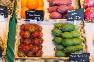 Rambutan aus Thailand und Fejova aus Brasilien