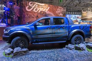 Ranger Raptor Pick-up am Messestand von Ford auf der Gamescom