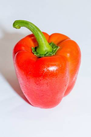 Raw red pepper  Flip 2019