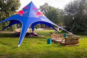 Red Bull Zelt im gamescomCamp - Gamescom 2017, Köln