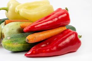 Red Paprika Carrots and other fresh vegetables (Flip 2019)