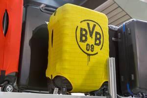 Reisekoffer mit gelbem BVB 09 Stoffüberzug - IAW Köln 2018