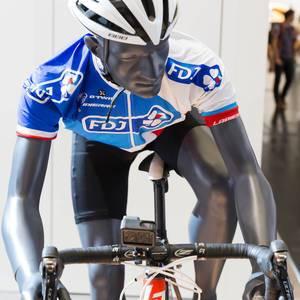 Rennradfahrer mit GOPro