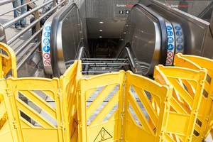 Reparatur einer Rolltreppe