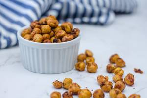 Roasted Chickpeas with Spices in a White Bowl