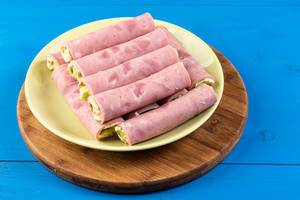 Rolled Ham with Cheese on the plate (Flip 2019)