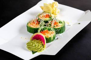 Rolls with snow crab, avocado, cucumber and arugula