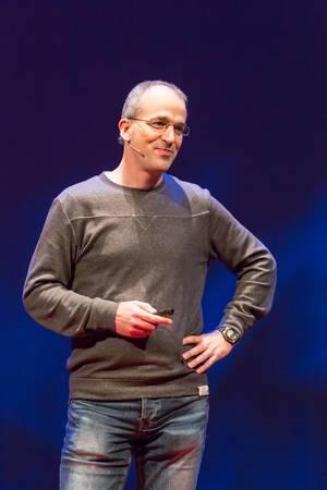 Roy Lenders - TEDxVenlo 2017