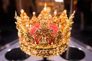 Royal Danish crown in a museum (Flip 2019)