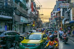 Rush Hour in Bangkok with beautiful Sky in the Background