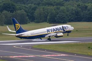Ryanair Airplane touching the Runway at Landing