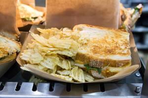 Sandwich mit geräucherter Truthahnbrust