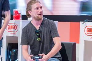 Sarazar muss Madden NFL 19 von EA Sports spielen