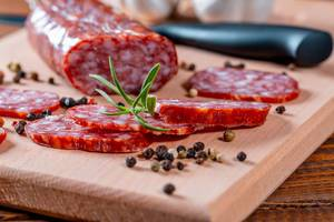 Sausages with peppers and rosemary