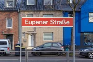 Schild an der KVB-Haltestelle Eupener Straße in Köln