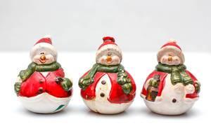 Schneemänner als Weihnachtsdekoration