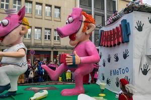 Schweinepolka auf dem #MeToo Wagen - Kölner Karneval 2018