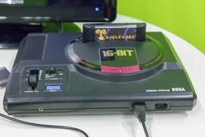 SEGA Mega Drive 16-BIT Konsole mit Spielkassette