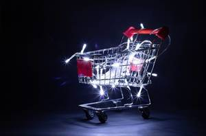 Shopping cart with Christmas lights  Flip 2019