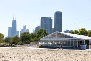 Shore Club am Strand North Avenue Beach in Chicago