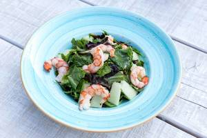 Shrimp salad with melon, prosciutto and lemon-caviar cream